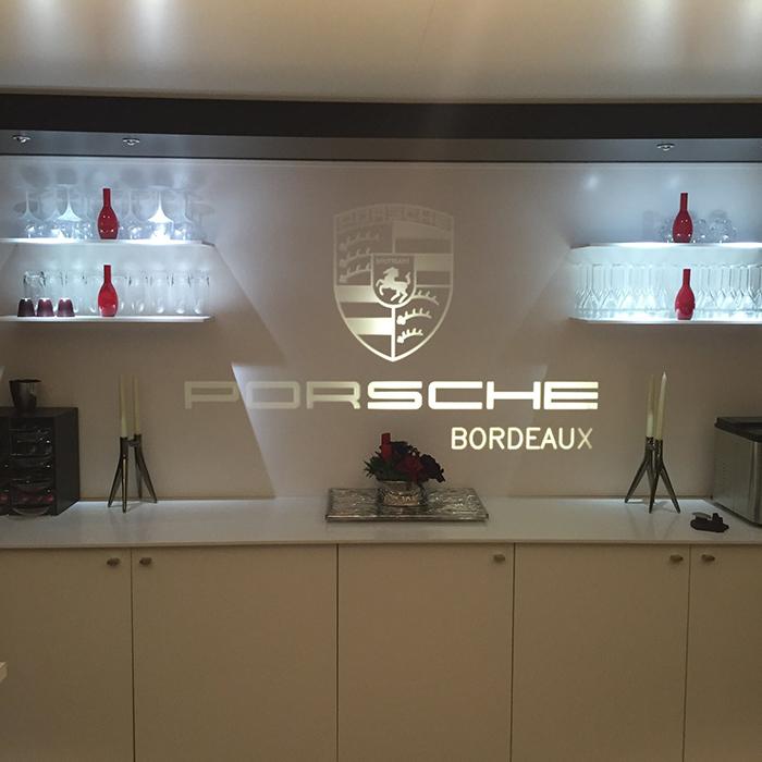 close up pour le lancement de la nouvelle porsche 911. Black Bedroom Furniture Sets. Home Design Ideas